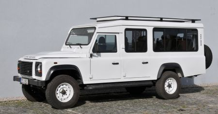 Land Rover Defender SATBIR 28