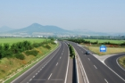 Po dálnici D8 přes Středohoří se řidiči svezou možná za dva roky