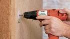 Izolační dřevovláknitá deska se připevňuje přímo na podklad (zdroj Ciur)