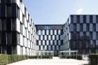 B.O.C. Düsseldorf – High-Tech opláštění Schüco s integrovanými fotovoltaickými panely