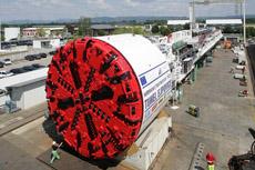 Stavbaři pokřtili štít, který vyrazí nejdelší železniční tunel v ČR