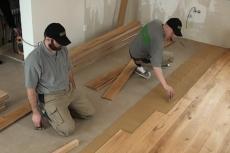 Podlahové topení v kombinaci s masivními dřevěnými podlahami FEEL WOOD