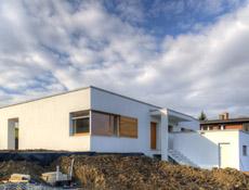 Pasivní rodinný dům v Novém Jičíně postavený z Ytongu – funkčnost, úspornost a design