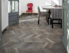 Moderní pohled na klasický vzor v nové kolekci dřevěných podlah Kährs Chevron