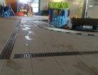 Odvodnění plaveckých bazénů v Brně nerezovými žlaby RONN-MEA Compact