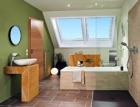 Jak na výměnu střešních oken? – Renovační program Roto