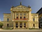 Státní operu opraví za 857,6 miliónu Hochtief CZ