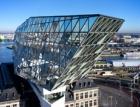 Port House v Antverpách má speciální fasádní konstrukci Schüco