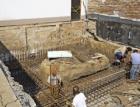 Plošné zakládání při rekonstrukcích a výstavbách objektů v prolukách