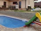 Bazén u kupované stavby: radost nebo starost?
