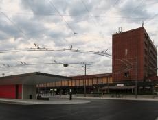 Nový dopravní terminál v Pardubicích je v provozu