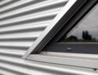 Objekty nového motokárového areálu v Třinci mají efektní fasádu a střechu od Lindabu