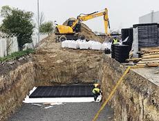 První realizace vsakování dešťové vody s biologickým dočištěním od ropných látek v České republice