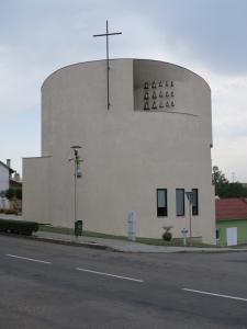 Nový kostel v Sazovicích