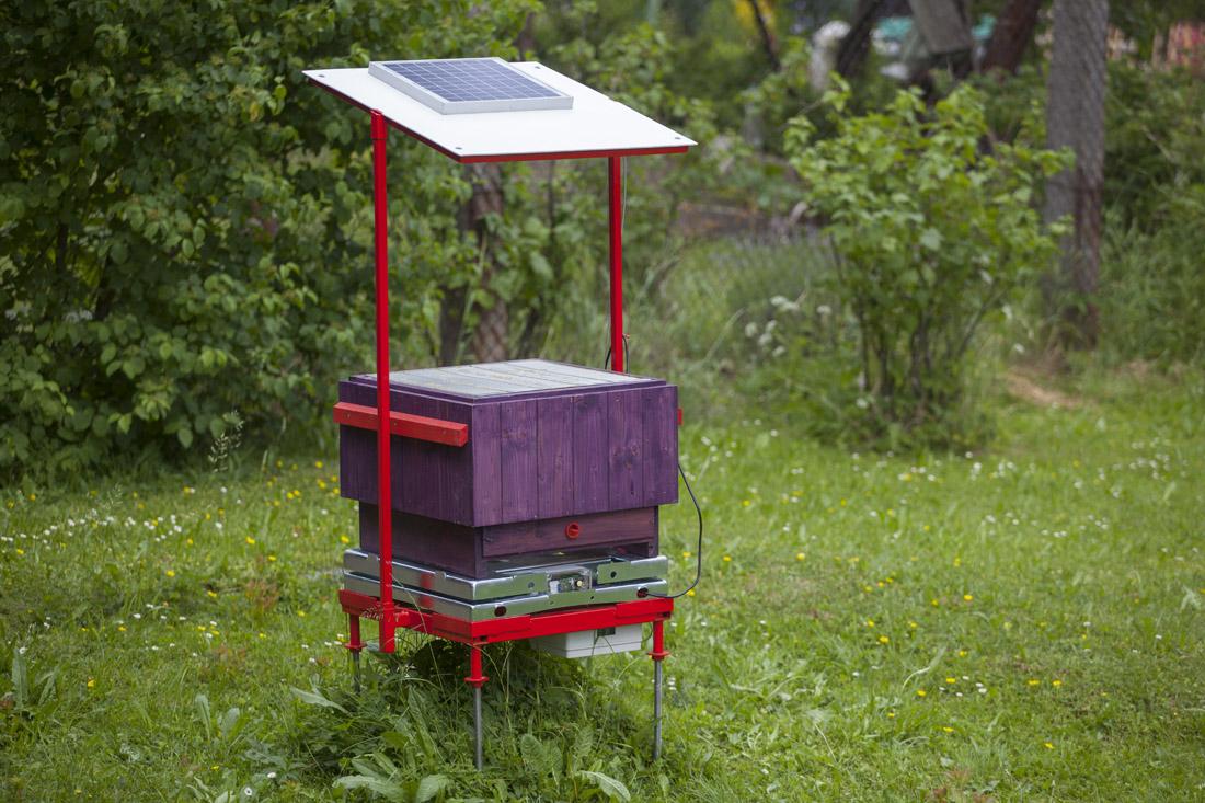 BeeSpy – monitoring včelstva v úlu