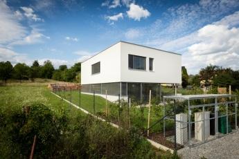 Dům v Brně-Komíně, architekt: KAMKAB!NET (Radim Horák, Hana Horáková), foto Lukáš Němeček