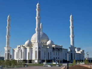 Mešita Chazret Sultan, Astana