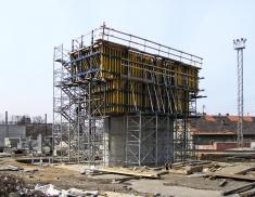 Obr. 6: Betonáž konstrukce Nového spojení