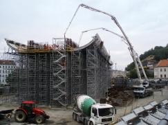 Obr. 7: Betonáž konstrukce Nového spojení