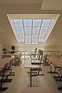 Střešní prosklení Solara HISTORIK s plně integrovanými elektrootvírači – z interiéru pouze čisté rámy