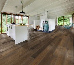 Dřevěná podlaha Karelia, kolekce Spice, dekor Dub Story 187 Smoked truffle nature oil