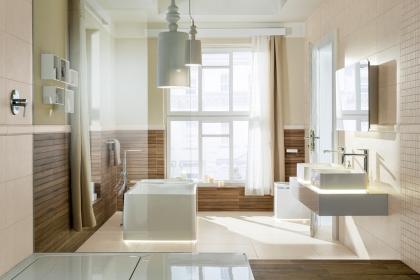 Slinuté glazované rektifikované dlaždice série Base s příjemným reliéfem evokujícím homogenní kamenný povrch vhodně propojí ložnici s koupelnou. Dlaždice i obkládačky série Base působí dokonale čistě.