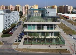 Komunitní centrum Máj (SLLA Architects, 2014)