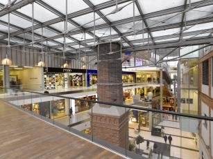 Společenské centrum Breda & Weinstein (Šafer Hájek architekti, 2012)