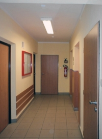 Obr. 16: Opravená chodbička u výtahů