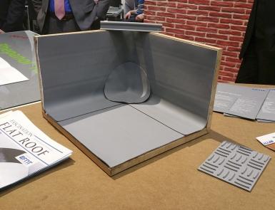 Obr. 11: Koutová (rohová) tvarovka, včetně technologického řešení vytažení na svislé konstrukce