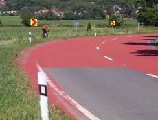 Liberecký kraj poprvé použije na svých silnicích barevný asfalt