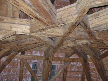 Obr. 9: Historický krov Černé věže Pražského hradu