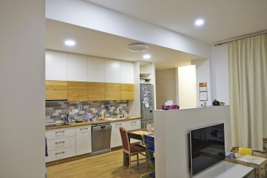 Obr. 6: Finální podlaha v exponovaném prostoru kuchyně