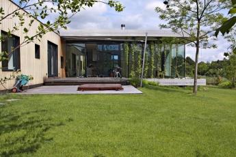 2. místo – Pasivní dům se dvěma křídly (N11), autoři: Ing. arch. Adéla Středová a Ing. arch. Erich Hocke