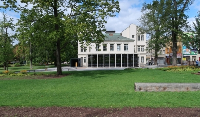 Přístavba k bývalé škole ve Zlíně (mudrik architects)