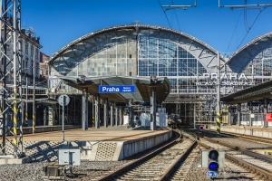 Rekonstrukce ocelové konstrukce historické haly, zastřešení nástupišť na Hlavním nádraží v Praze