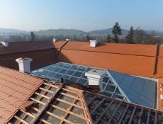 Rekonstrukce zámecké střechy v Ostrově