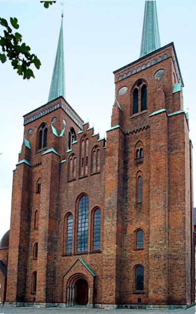 Obr. 1: Katedrála v Roskilde, Dánsko (foto Admean)