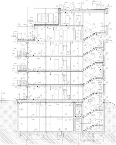 Obr. 2: Řez v místě schodiště