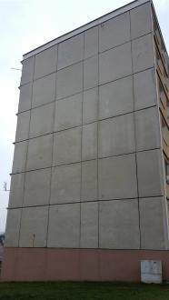 Panelový dům před zateplením