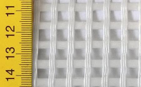 Obr. 1: Použitá textilní výztuž R585