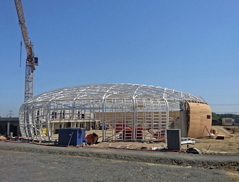 Nová sportovní hala v Dolních Břežanech