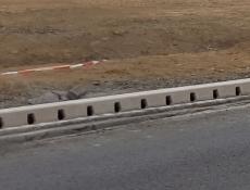 Jihočeská cyklostezka s bezpečným obrubníkovým odvodněním MEA KERB