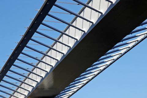 Obr. 9: Ocelová konstrukce závěrečného pole mostu