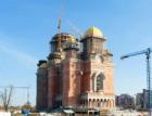 V Bukurešti požehnali nové katedrále, nejvyšší v pravoslavném světě