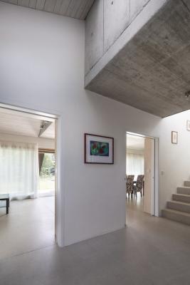 Výška stropů se vpřízemí mění