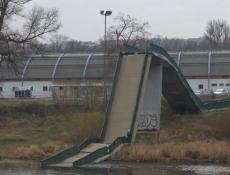 Pražský magistrát vypíše tendr na stavbu provizorní nové Trojské lávky