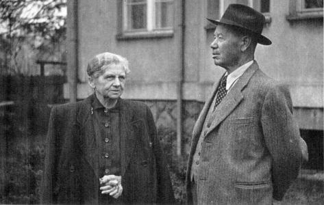 František Tošovský (1880–1960) se svojí ženou, nedatováno (soukromý archiv L. Kapla)