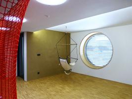 Obr. 6: Otevřený víceúčelový prostor v patře přisvětlený světlovody