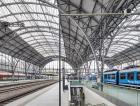 Ocelovou konstrukci nádražní haly postavila v roce 1906 firma S. Bondy – mostárna Praha-Bubny